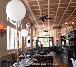 Romantic-Wedding-Tassel-Frills-Balloons-Singapore-Raffles-Hotel-Bar-and-Billard-Room